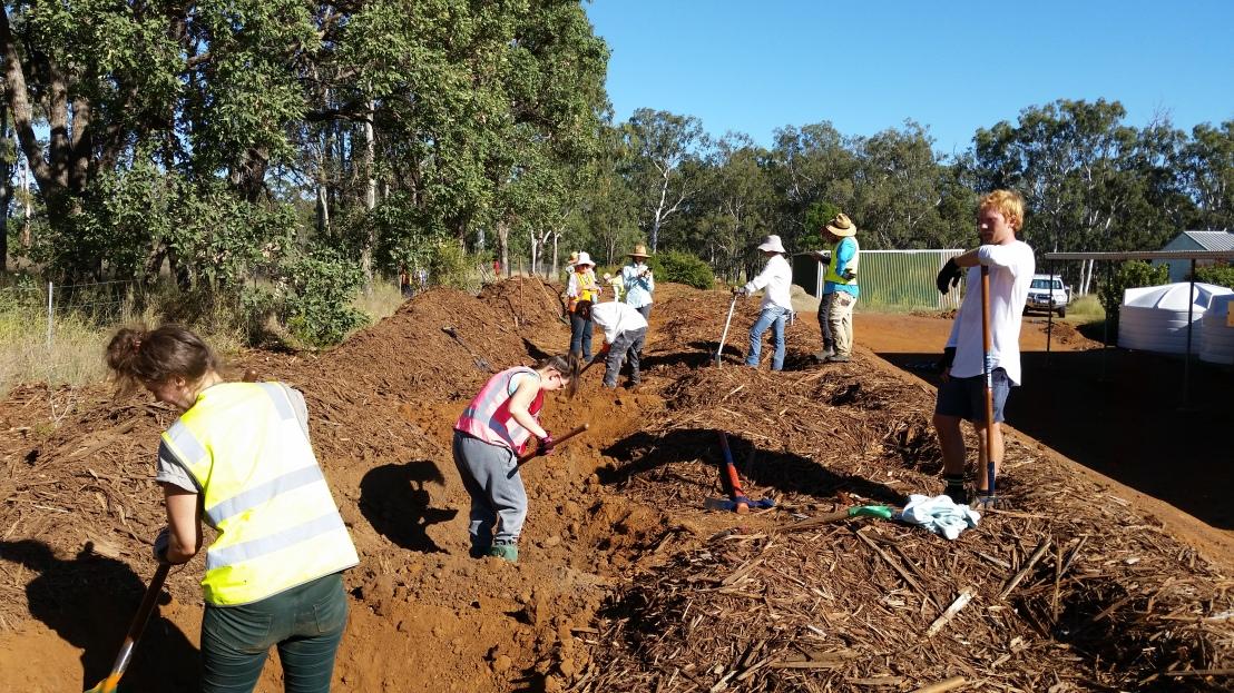 God's Way Volunteers working together